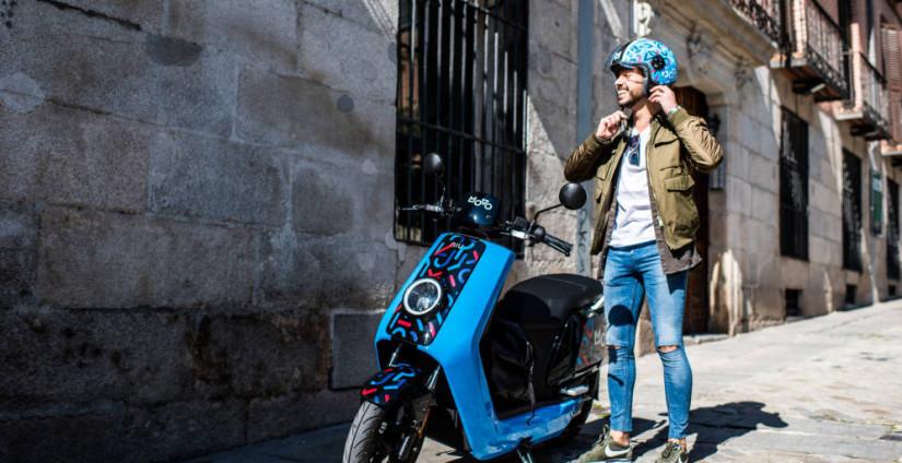 Cabify apuesta por las motos eléctricas en Madrid