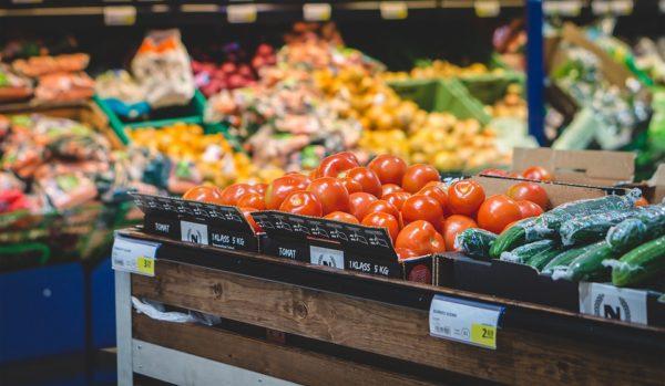 La expansión de los supermercados en menoscabo del pequeño comercio
