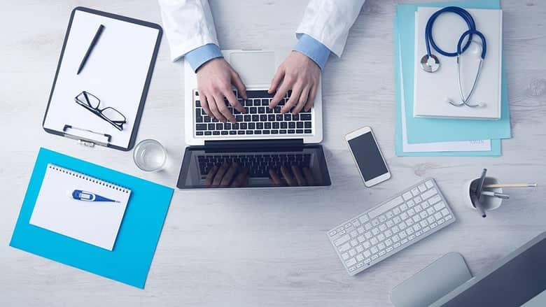 Savia lanza su servicio médico online